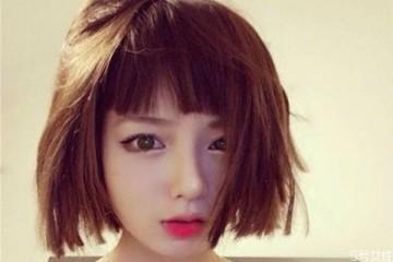 短发弄什么发型好看 女生短发怎么扎